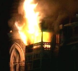 Mumbai Terrorist Attacks, cc Flickr Stuti Sakhalkar, modified, https://creativecommons.org/licenses/by/2.0/