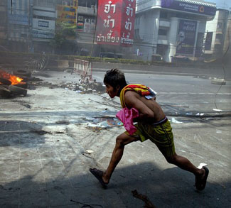 Violence Hits Bangkok As Military Crackdown