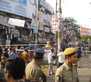 India Police in crowd