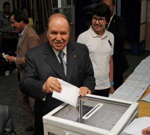 President Abdelaziz Bouteflika casts vote