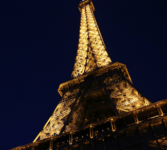 Effel Tower, cc Flickr Calvin YC