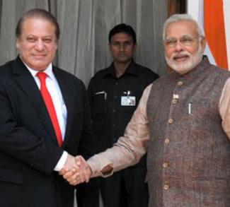Sharif Modi, cc Narendra Modi Flickr, modified, https://creativecommons.org/licenses/by-sa/2.0/