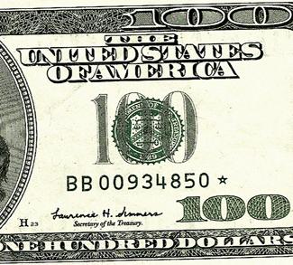 USD100, cc Flickr Gisela Giardino