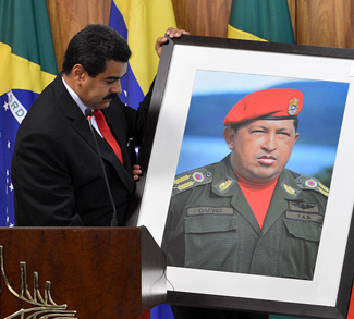 MaduroChavez, cc Alexanderps wikicommons, http://creativecommons.org/licenses/by/3.0/br/deed.en