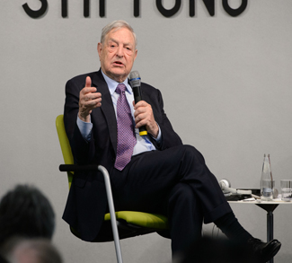 George Soros, cc Flickr Heinrich-Böll-Stiftung, modified, https://creativecommons.org/licenses/by-sa/2.0/