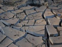drought, cc Flickr Shever, modified, https://creativecommons.org/licenses/by/2.0/