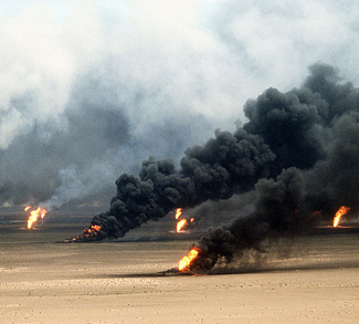 kuwaitoilfires, Tech. Sgt. David McLeod, US military, public domain