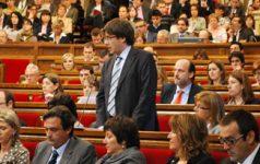 Puigdemont2, cc Flickr Convergència Democràtica de Catalunya, modified, https://creativecommons.org/licenses/by/2.0/
