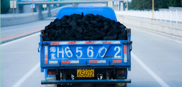 A coal delivery in China, cc Flickr Han Jun Zeng, modified, https://creativecommons.org/licenses/by-sa/2.0/