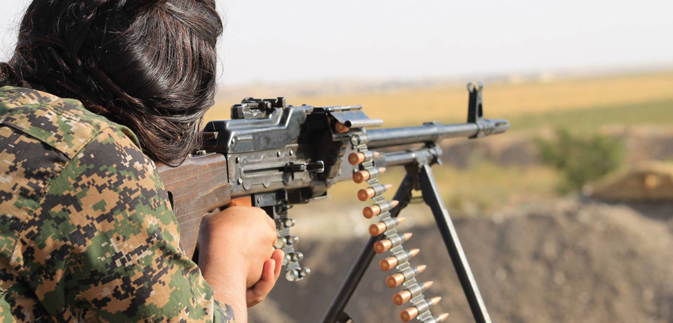 Kurdish YPG Fighter, cc Flickr Kurdishstruggle, modified, https://creativecommons.org/licenses/by/2.0/