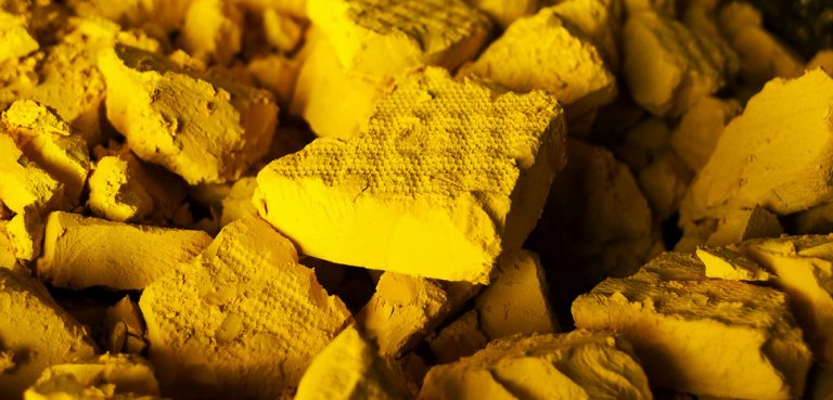 Yellowcake, cc Flickr Nuclear Regulatory Commission, modified, https://creativecommons.org/licenses/by/2.0/