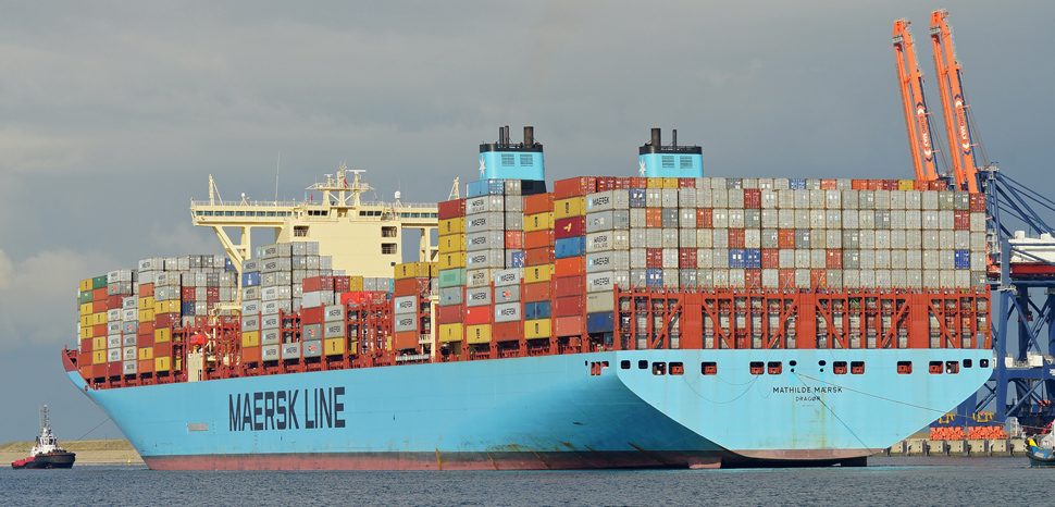 MaerskLine, cc Flickr kees torn, modified, https://creativecommons.org/licenses/by-sa/2.0/