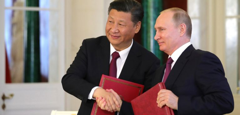 Presidents Xi and Putin, cc http://en.kremlin.ru/catalog/persons/351/events/54971/photos/49273, modified,