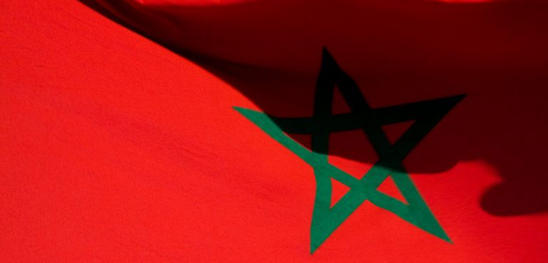 Moroccoflag, cc Flickr Kristian Thøgersen, modified, https://creativecommons.org/licenses/by/2.0/