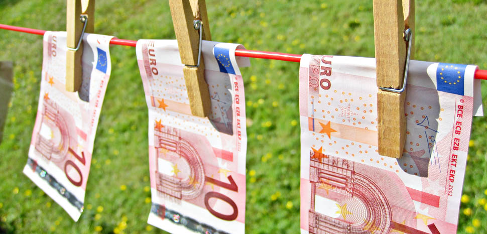 Moneylaundry, cc Flickr Images Money, modified, https://creativecommons.org/licenses/by/2.0/, TaxRebate.org.uk