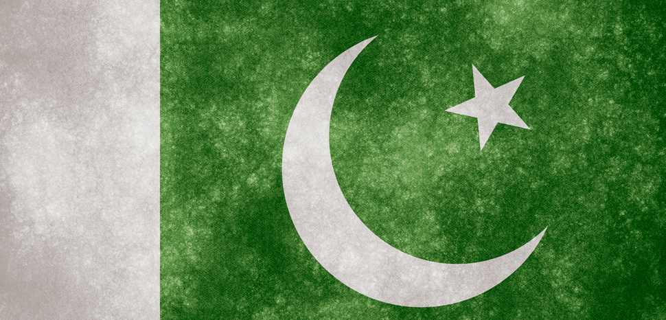 PakistanGrungeFlag, cc Flickr Nicolas Raymond, Flickr, Modified, http://freestock.ca/flags_maps_g80-pakistan_grunge_flag_p1062.html, https://creativecommons.org/licenses/by/2.0/