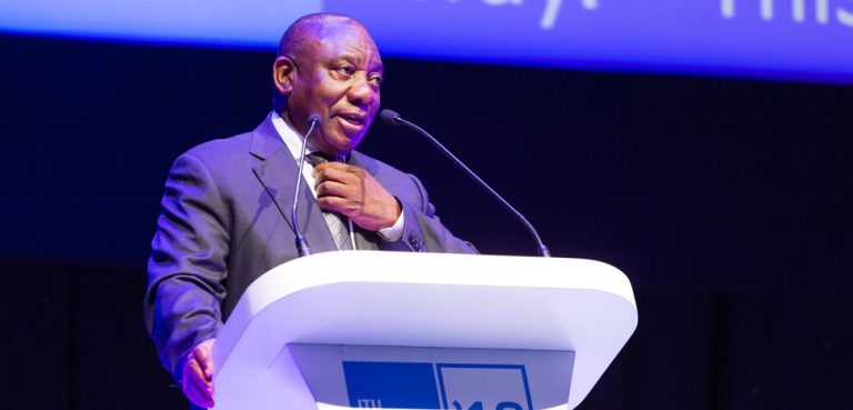 Ramaphosa, cc Flickr, ITU Pictures, modified, https://creativecommons.org/licenses/by/2.0/
