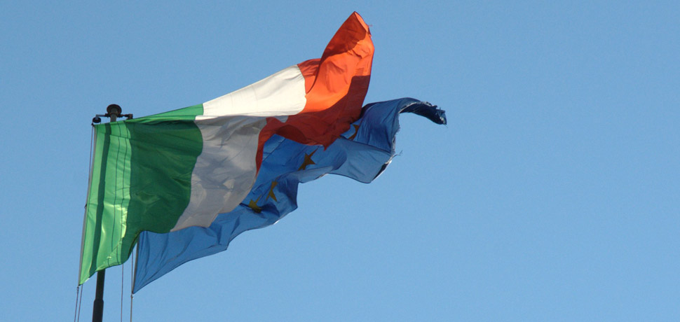 EUItalyFlag, cc Flickr Luigi Rosa, modified, https://creativecommons.org/licenses/by-sa/2.0/