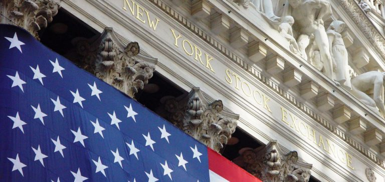 NYSE, cc FLickr Brian Glanz, modified, https://creativecommons.org/licenses/by/2.0/
