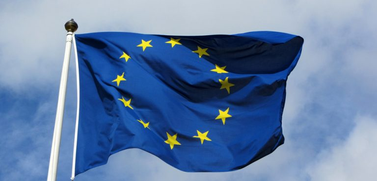EUFlag, cc Flickr MPD01605, modfied, https://creativecommons.org/licenses/by-sa/2.0/
