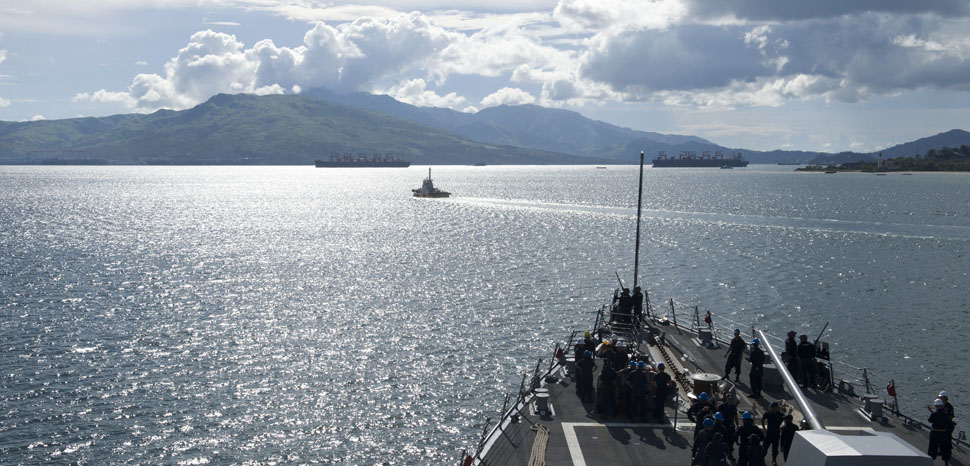 170623-N-ZW825-577 SUBIC BAY, Republic of Philippines (June 23, 2017) Arleigh Burke-class guided-missile destroyer USS Sterett (DDG 104) departs Subic Bay, Republic of Philippines at the conclusion of a scheduled port visit. Sterett is part of the Sterett-Dewey Surface Action Group and is the third deploying group operating under the command and control construct called 3rd Fleet Forward. U.S. 3rd Fleet operating forward offers additional options to the Pacific Fleet commander by leveraging the capabilities of 3rd and 7th Fleets. (U.S. Navy photo by Mass Communication Specialist 1st Class Byron C. Linder/Released) - cc Flickr Naval Surface Warriors, modified - https://creativecommons.org/licenses/by-sa/2.0/