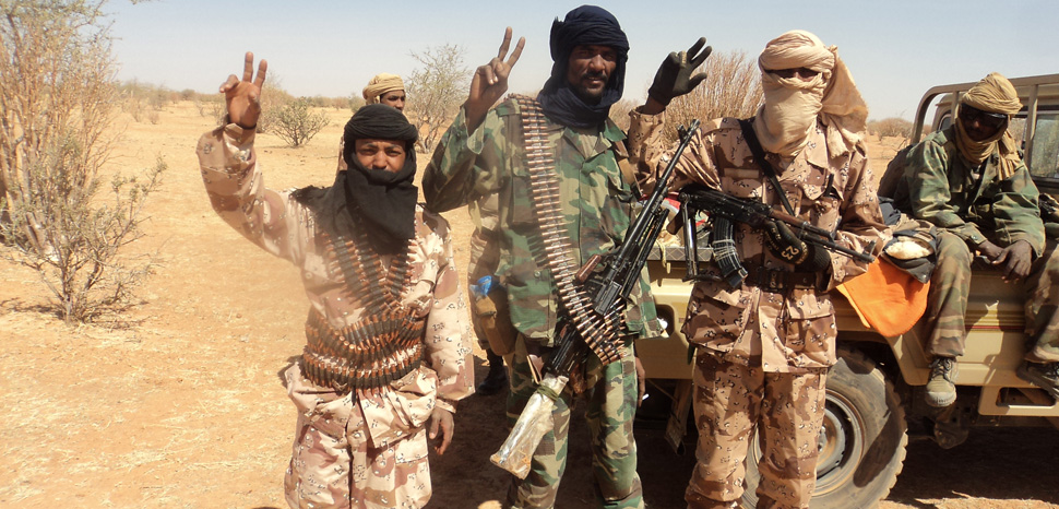 Toureg militias during the peace process following the 2012 Mali civil war, cc Magharebia, Wikicommons, modified, https://commons.wikimedia.org/wiki/File:Le_Mali_entame_le_dialogue_avec_les_Touaregs_(6972875286).jpg