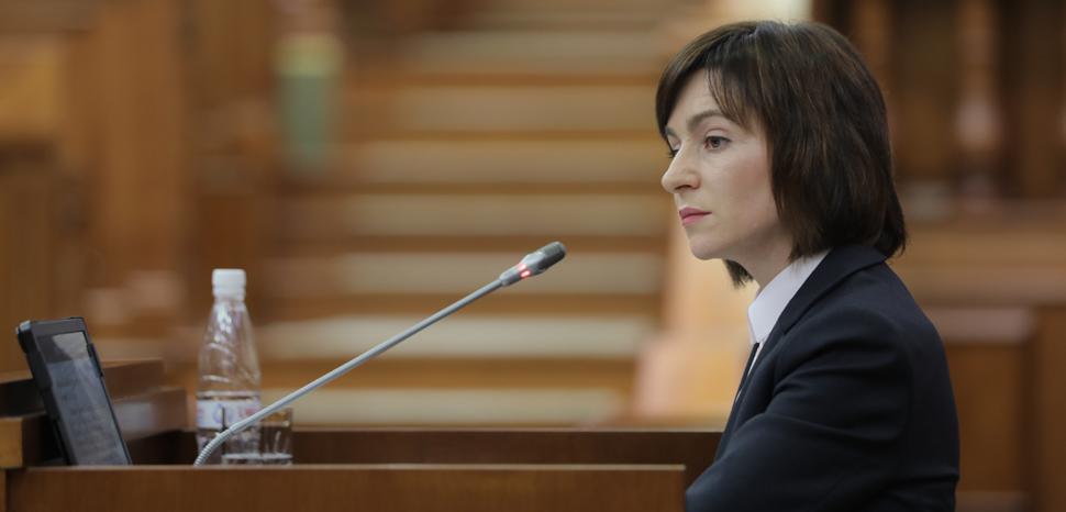 Moldova3, cc Parlamentul Republicii Moldova, Flickr, modified,