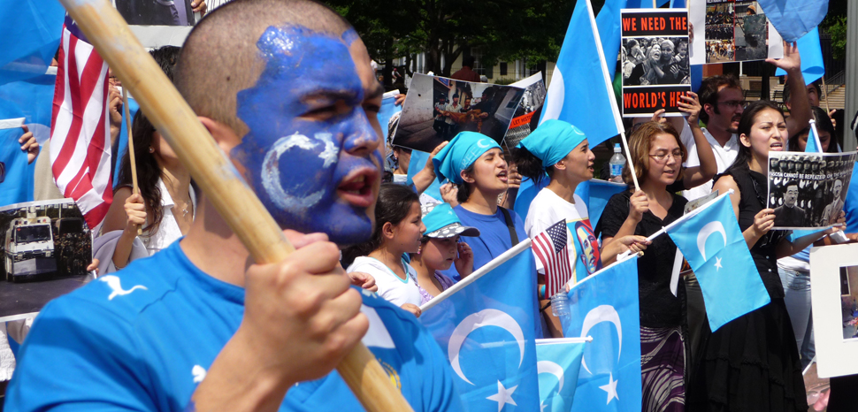 2009UyghurProtest, cc Flickr Malcolm Brown, modified, https://creativecommons.org/licenses/by-sa/2.0/