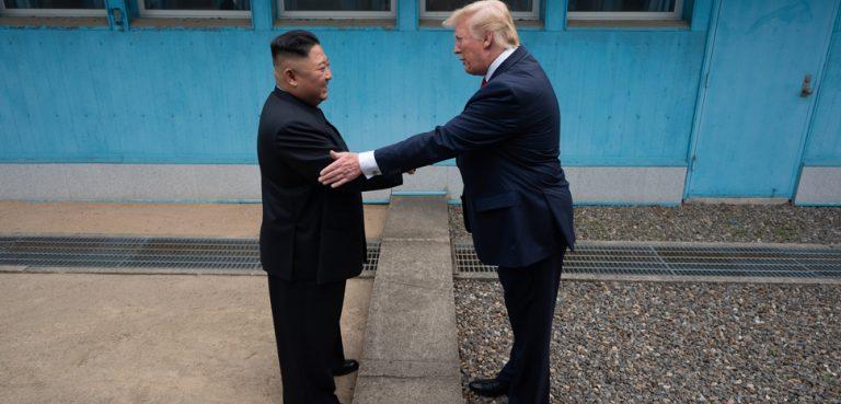 TrumpKim, cc The White House, modified, https://creativecommons.org/publicdomain/mark/1.0/