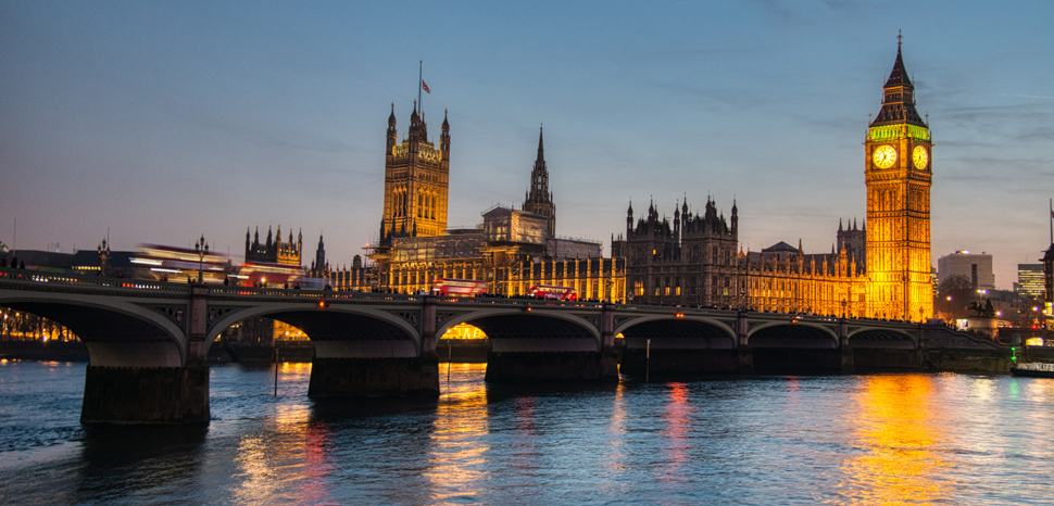 WestminsterBridge, cc Flickr Jorge Láscar, modified, https://creativecommons.org/licenses/by-sa/2.0/