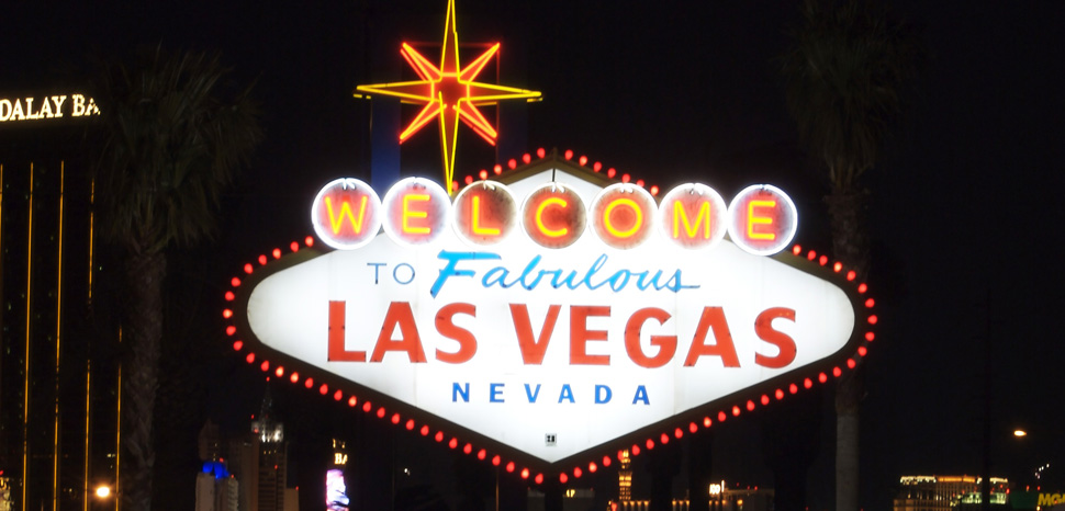cc Bill Debevc, modified, https://commons.wikimedia.org/wiki/File:Welcome_to_Las_Vegas_sign.jpg