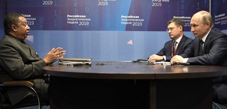 OPECRussiaMeeting, cc Kremlin.ru, modified, http://en.kremlin.ru/events/president/news/61703,