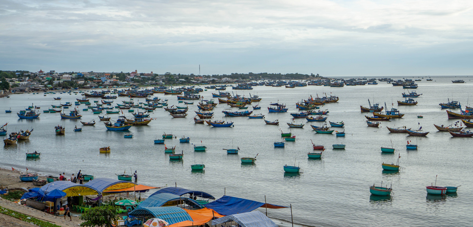 South China Sea fishing fleet in Vietnam, cc Marco Verch, Flickr, modified, https://creativecommons.org/licenses/by/2.0/