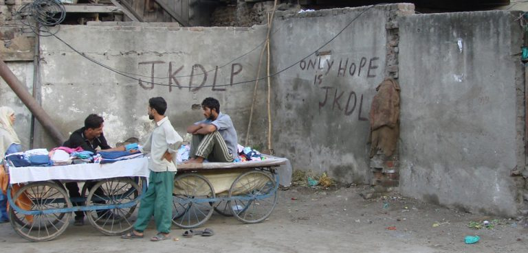 Pro-separatist graffitti in Srinagar, cc watchsmart, modified, Flickr, https://creativecommons.org/licenses/by/2.0/
