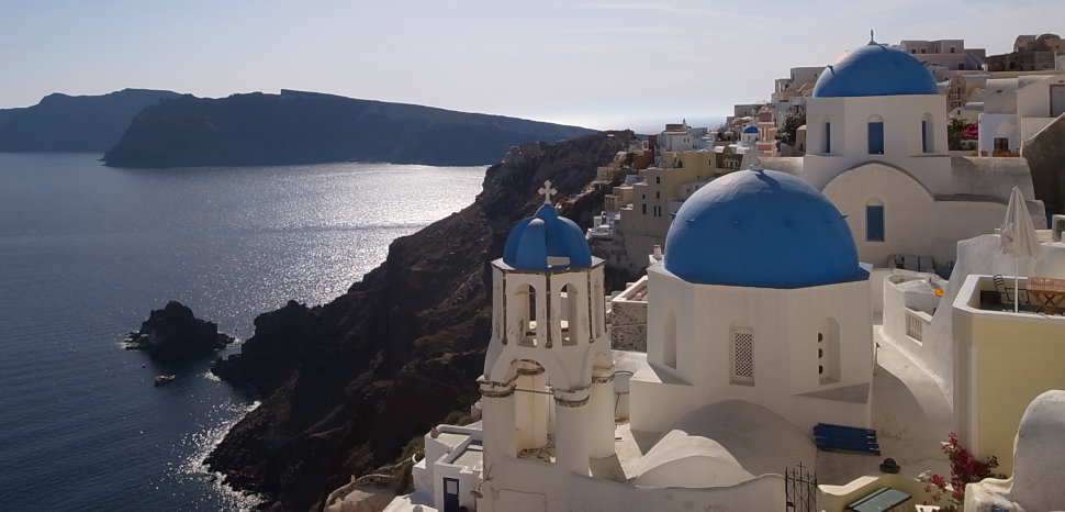 Santorini, Maggie Meng, CC Flickr, Modified, https://www.flickr.com/photos/snowfish2014/14210200684/in/