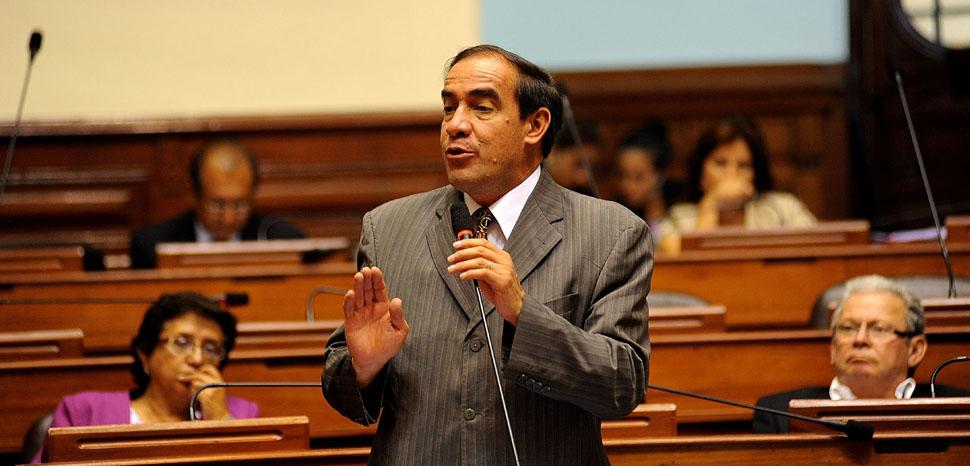cc Flickr Congreso de la República del Perú, modified, https://creativecommons.org/licenses/by/2.0/
