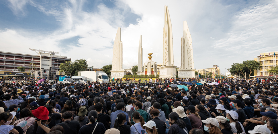 The protests on August 16, 2020 in a large demonstration organized under the Free Youth umbrella (Thai: เยาวชนปลดแอก; RTGS: yaowachon plot aek) at the Democracy Monument in Bangkok., cc Supanut Arunoprayote, modified, https://commons.wikimedia.org/w/index.php?sort=last_edit_desc&search=bangkok+protest+filetype%3Abitmap&title=Special%3ASearch&profile=advanced&fulltext=1&advancedSearch-current=%7B%22fields%22%3A%7B%22filetype%22%3A%22bitmap%22%7D%7D&ns0=1&ns6=1&ns14=1#/media/File:Protest_in_2020_Democracy_Monument_(I).jpg