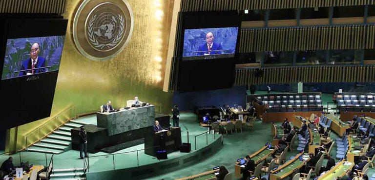 Chủ tịch nước Nguyễn Xuân Phúc phát biểu tại Phi